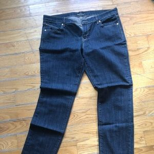 Old Navy Jeans - 2 pairs